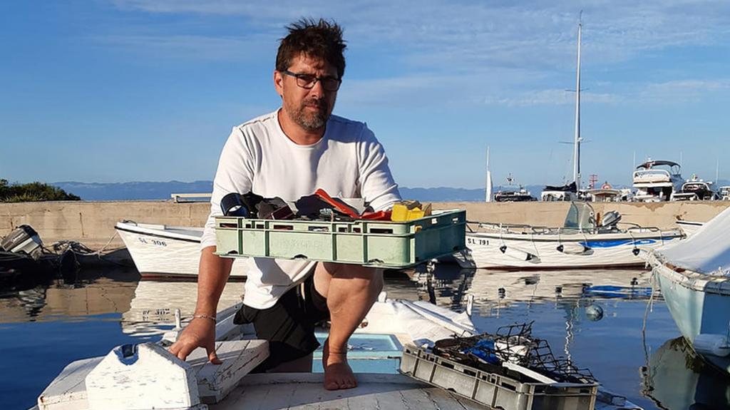 Massimo Marchiori di Stari Ribar e la sua arte-in plastica